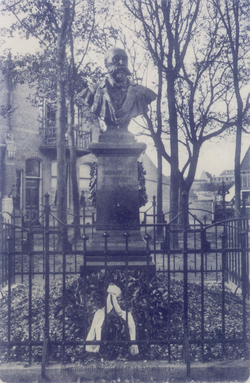 euroArt: Statue of the Spa doctor J.G. Mezger by August Falise 1910