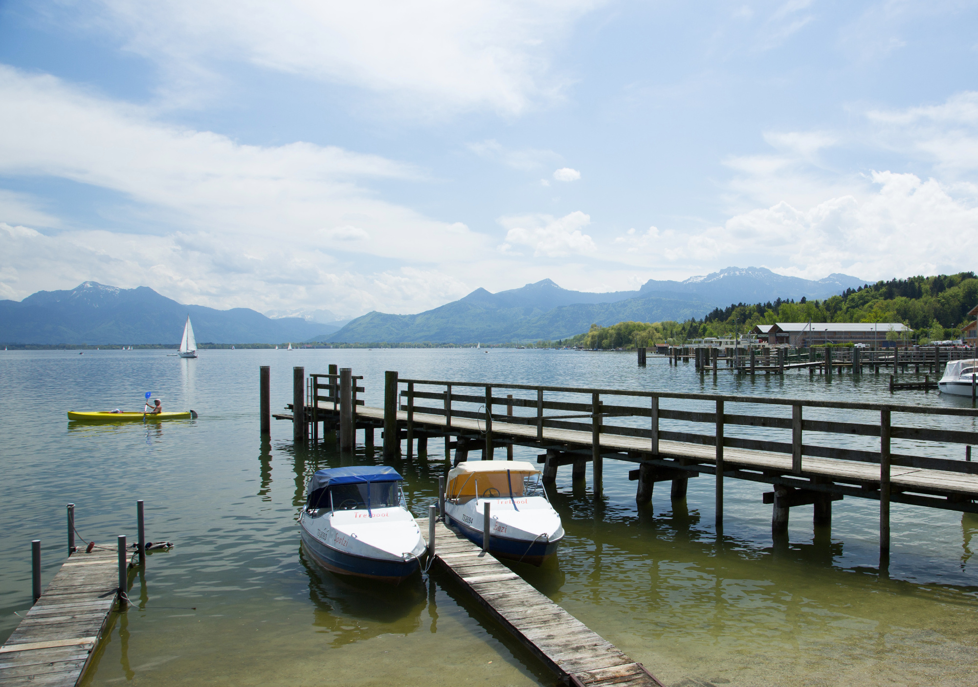 euroArt: view over lake Prien am Chiemsee © Berger